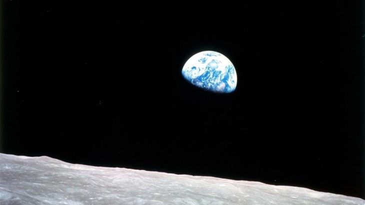 Photo Earthrise by Apollo 8 astronauts